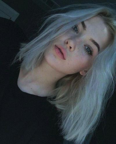 картинки девушек с белыми волосами