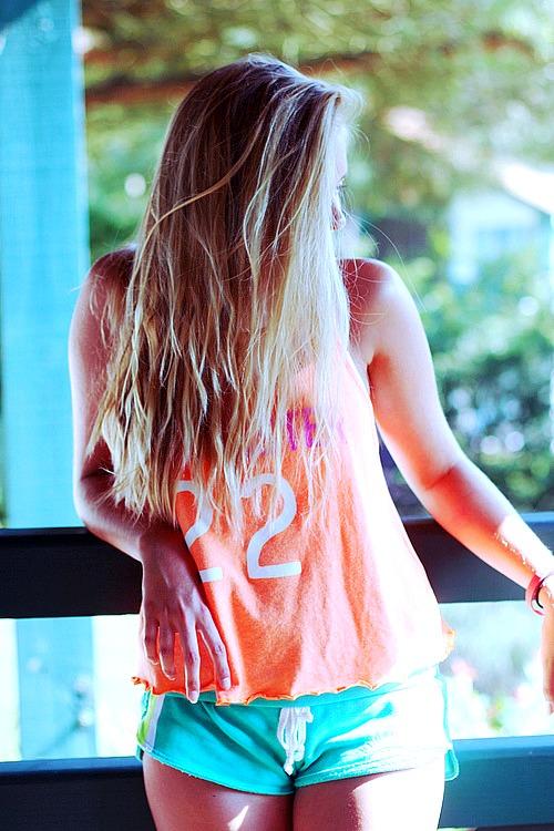 Фото девушек дома в вк