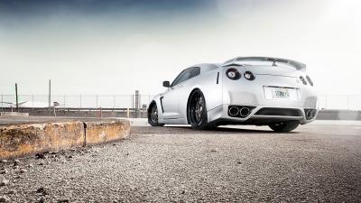 Nissan GT-R Nissan бесплатно