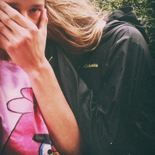 Фото девушек без лица русые на аву без лица